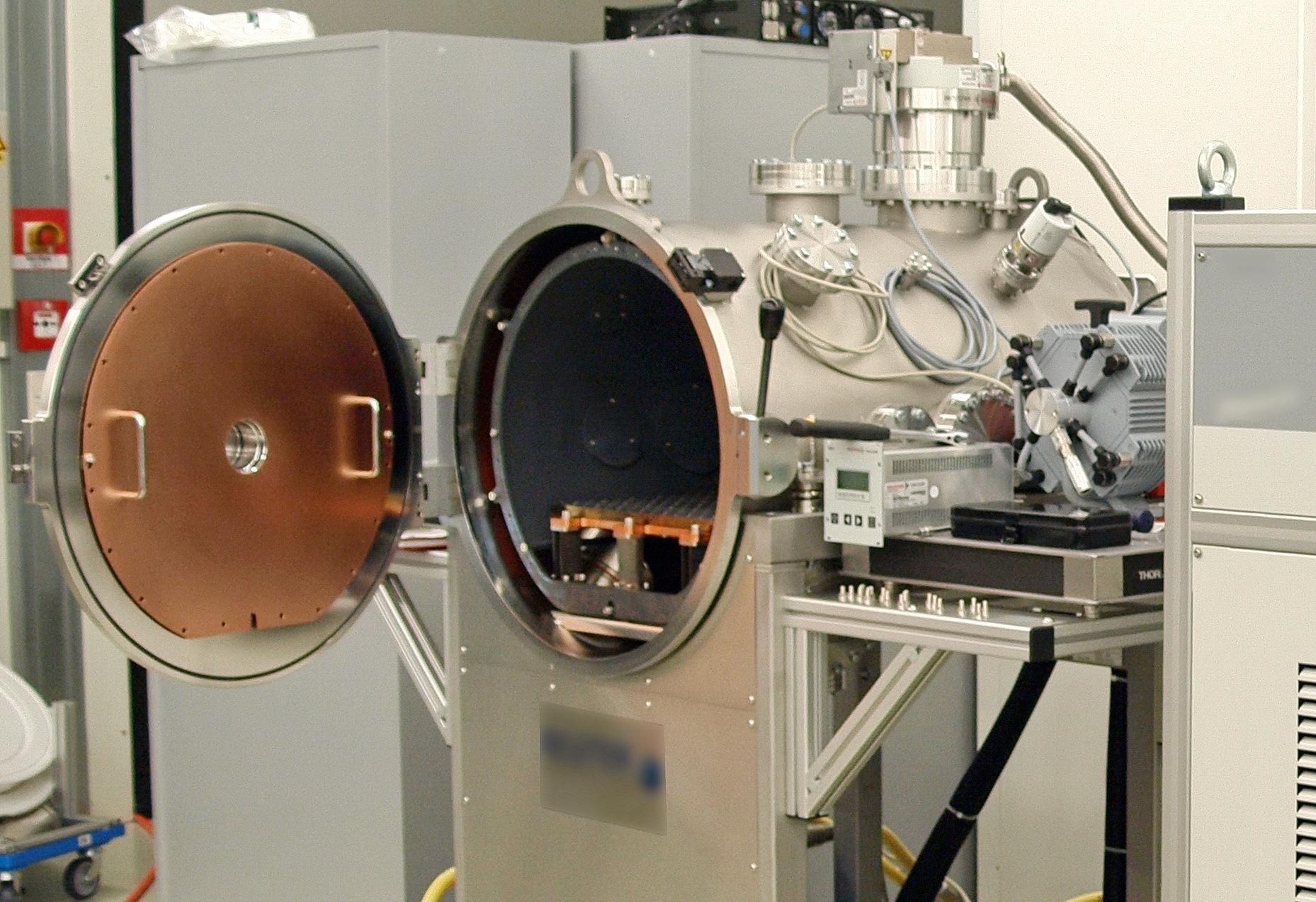 Thermal-Vakuum-Kammer